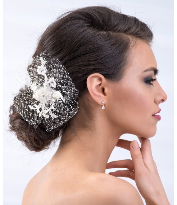 Mooie Fascinator met strass BBC113 - The Beautiful Bride Shop