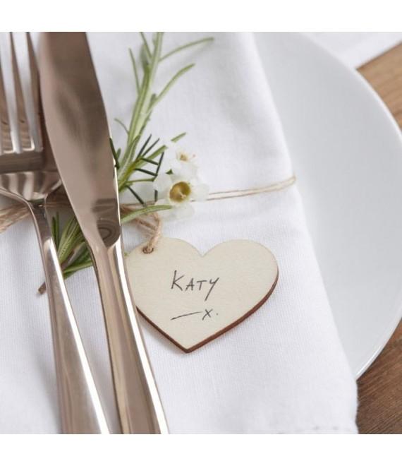 Houten hartvormige labels  1 - The Beautiful Bride Shop
