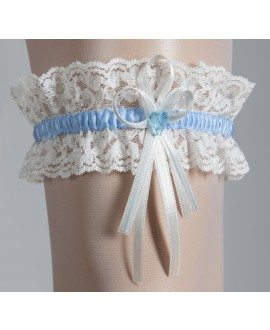 Kousenband met een blauw hartje wit met blauw