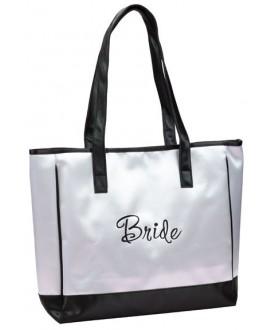 Stijlvolle witte tas voor de bruid