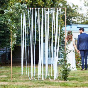 Ginger Ray BR-303 Botanical Wedding Witte Linten Backdrop